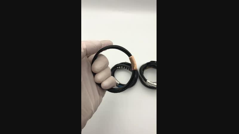 Мужские кожаные браслеты испанского бренда