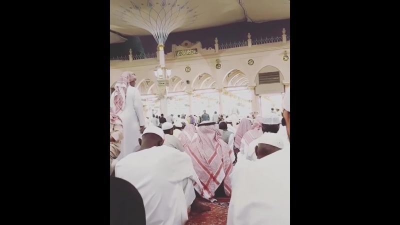 Азан в мечети посланника Аллаха صلى الله عليه وسلم