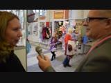Интервью у посетительницы выставки.Инны