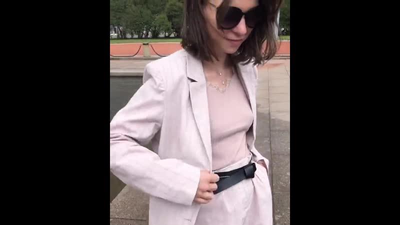 Костюм (шорты и пиджак) сейчас со скидкой 30%❗️❗️❗️ Представлен в размерах от 40 до 48. Хлопок. Цвета: бледно-розовый (фото), бе