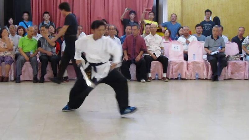 25 武風武藝研習中心 陳冠羽 劈掛雙刀