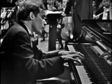 Glenn Gould and Leonard Bernstein_ Bachs Keyboard Concerto No. 1 in D minor (BWV 1052)