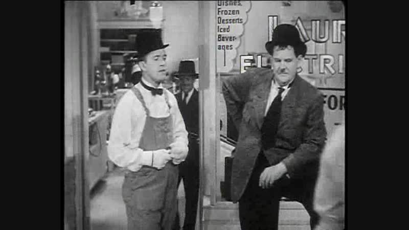 Laurel and Hardy - Tit for Tat - 1935