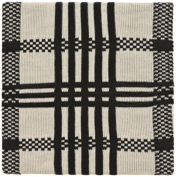 Розмари Трокель (нем. Rosemarie Trockel; 13 ноября 1952 г.р.)– современная немецкая художница и профессор Академии художеств Дюссельдорфа. Лауреат премии Вольфа в области искусств 2011 года.