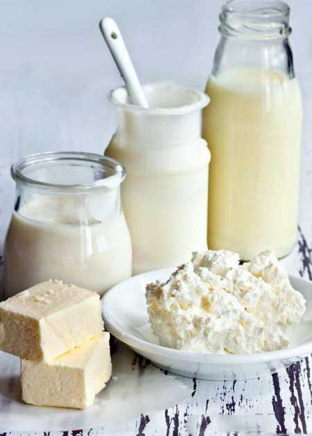 Молочные продукты могут вызвать расстройство пищеварения у людей с непереносимостью лактозы.