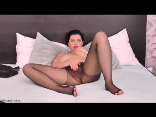 koroleva-porno-vk-porno-video-russkih-lesbi-sovrashenie