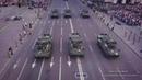 Тяжелая военная техника на Крещатике яркое видео с дрона