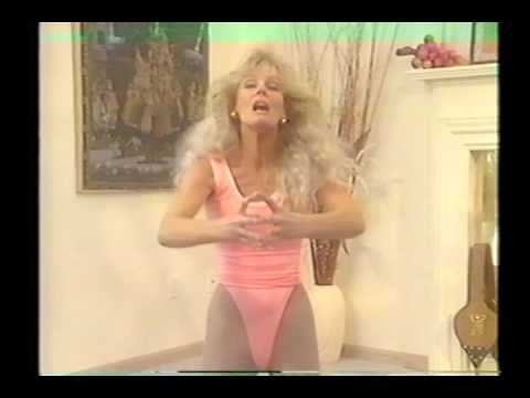 Greer Childers - Silly face muscle workout (1992)