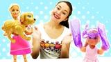Куклы Барби - Покупаем одежду на море. Игры одевалки