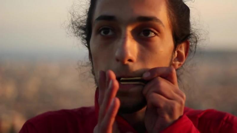 BARCELONA - Jaws Harp Beatbox in Park Güell