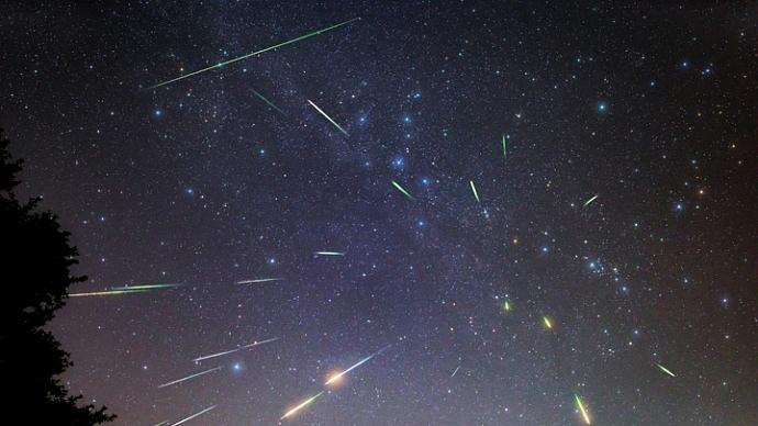 Персеиды, во сколько звездопад ночью 13 августа 2018: точное время, где смотреть, как правильно загадать желание