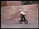 8 летний парниша на мини BMX =