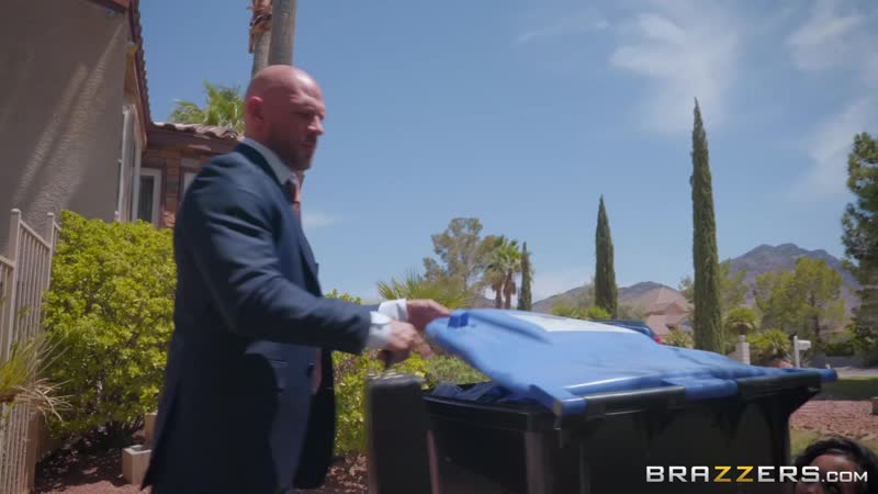 Brazzers Sharing Her Side Piece Amia Miley, Nicole Aniston Johnny Sins RWS Real Wife Stories August 08.05.2018