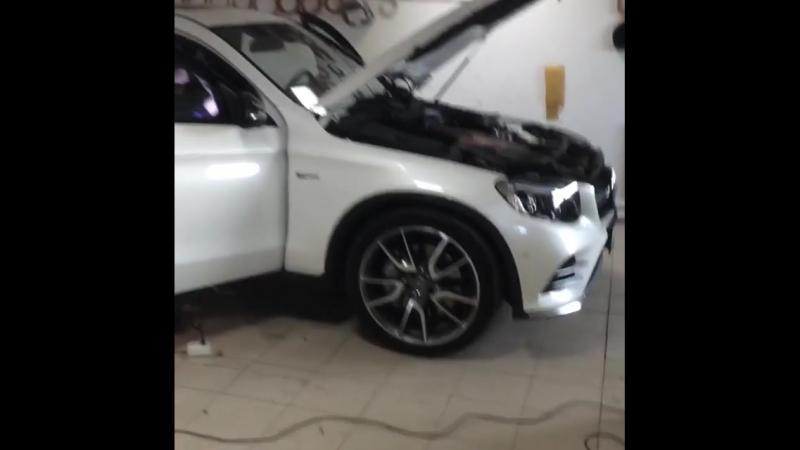 Виктор Иванов шумит Mercedes виброизоляцией Deloud Best