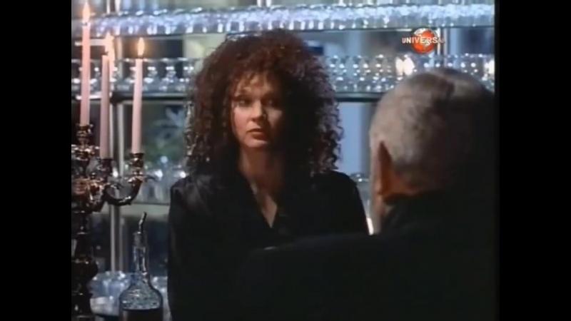 Перри Мейсон- Дело о зловещем призраке. Прекрасная Сьюзен видит падение писателя с башни. Детектив