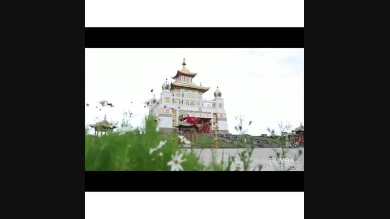 Рекомендации к посещению буддийских храмов даёт Санал-лама 👉 @manibhadra08 Ролик был выполнен Юрием Кекеевым 👉 @radiobumba08 за