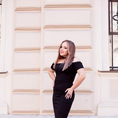 Эля Годлевская