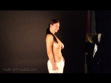Голая фотосессия грудастой девочки. Красивая эротика не порно не секс, грудь сиси попка попа сиски брюнетка блондинка рыжая