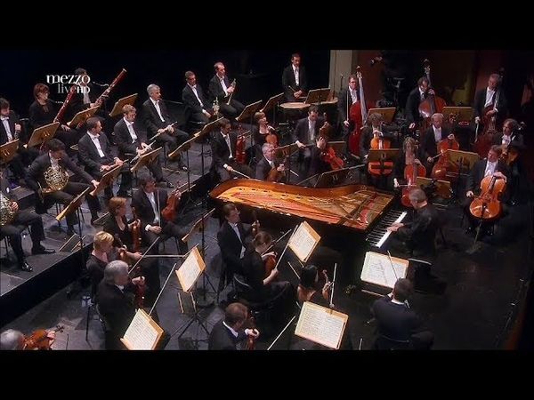 Christian Zacharias - Beethoven: Piano Concerto № 1 (Salle Métropole - Lausanne, 2012)