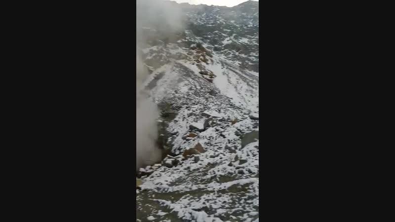 Горение серы в городе Сибай, дым из под земли. Видео прислано нашим активом.