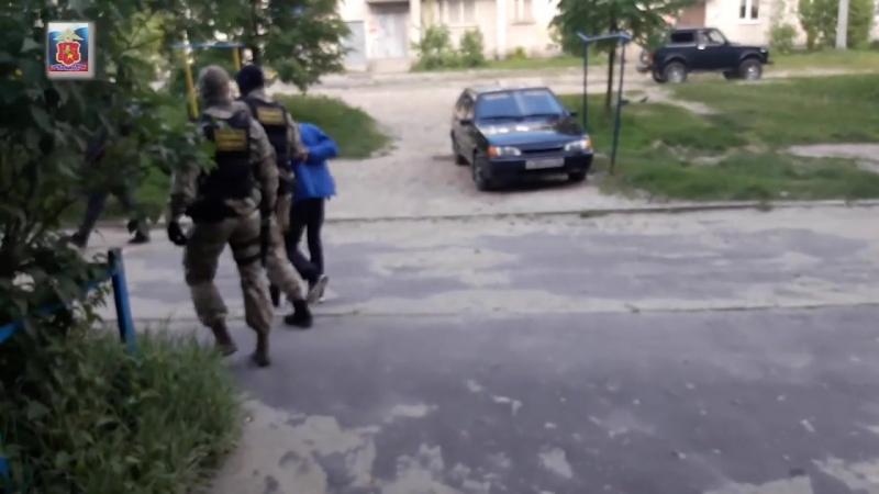 Полицейские задержали сбытчика наркотических средств mp4