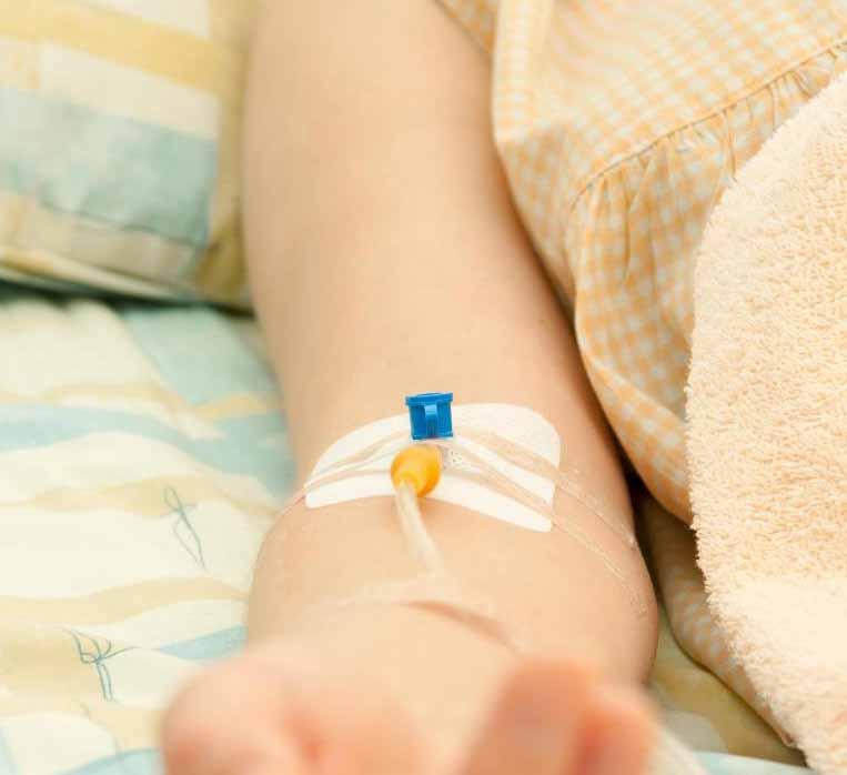 Существует несколько видов медицинских продуктов, которые используются при внутривенном введении жидкости.