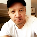 Jeremy Renner on Instagram22.062018 Happy birthday @prattprattpratt summer begins and warms my skin , and then you were born which warms our hearts! #ju...