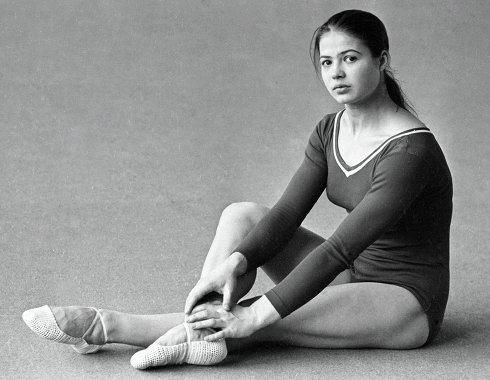 всю фото советских спортсменок всё решила заказать