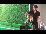 Hair tutorial_ Rosie Huntington-Whiteley's secret ponytail trick ( 1080 X 1920 ).mp4