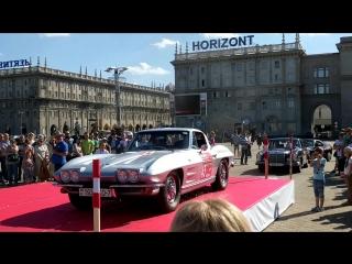 Chevrolet Corvette C2 Sting Ray заводиться