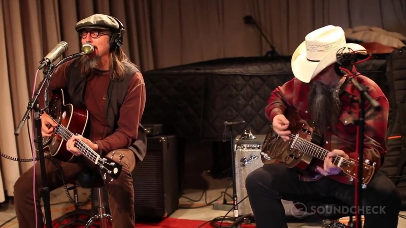 Les Claypools Duo De Twang- Wynonnas Big Brown Beaver, Live On Soundcheck