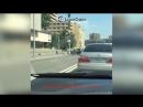 Майбах врезался в полицейский микроавтобус в Москве