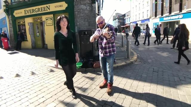 Irish dancing (Emma O'Sullivan )