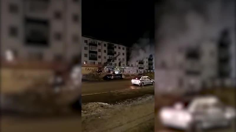 Из крупного пожара в Башкирии спасли двух детей