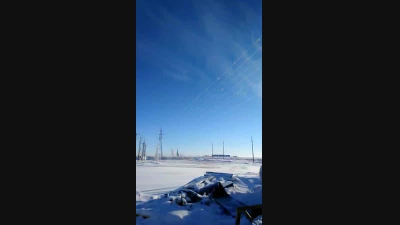 Синий синий иней Лёг на провода В небе тёмно синем Синяя звезда смотреть онлайн без регистрации