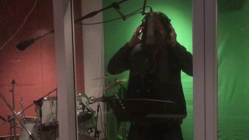 Vocal warm up - JOHN NORUM @ Play Yard Studios in Stockholm (SE), making of next solo album