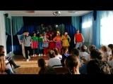 студенты театрального училища в школе-интернат 20
