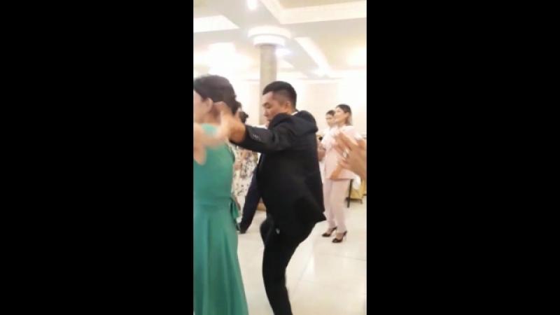 Naz svadb brlther