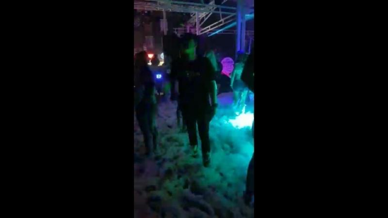 Безумные танцы)