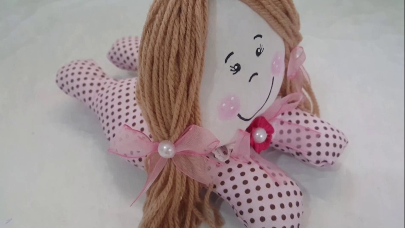 Faça você mesmo uma linda bonequinha feita á mão sem máquina de costura artesanato e decoração