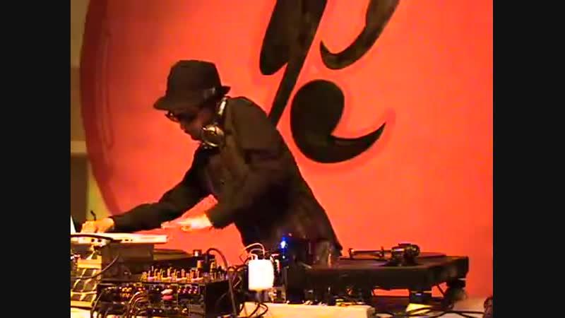 DJ KRUSH CODE 555 @ НОВОСИБИРСК 24.07.2008 SIBERIAN STREETFOOT TRICKYLAB