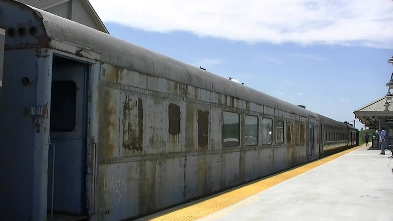 SUPER RARE MUST SEE! NJT URHS Vintage equipment move, GG1, F7A , E8s private cars!!