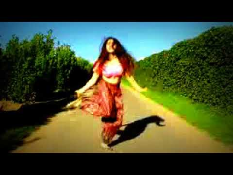 Girl is dancing on cham cham song watch ameazing dance