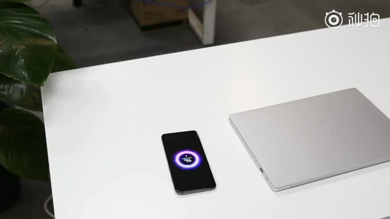 Xiaomi создали стол с беспроводной зарядкой совместно с IKEA