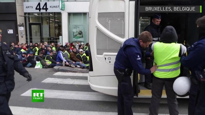 Bruxelles des Gilets jaunes belges ont affronté la police