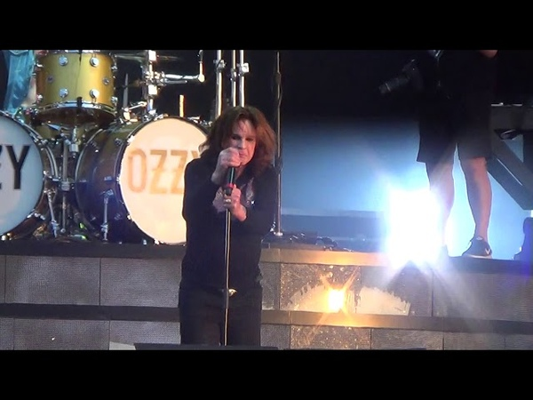 Ozzy Osbourne Bark At The Moon live at Download Festival 2018