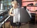 Beatriz y su acordeon la morita