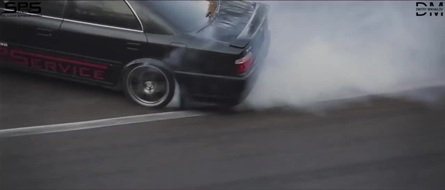 Mountain drifting in Russia by G.B. Toyota Chaser 1JZ-GTE