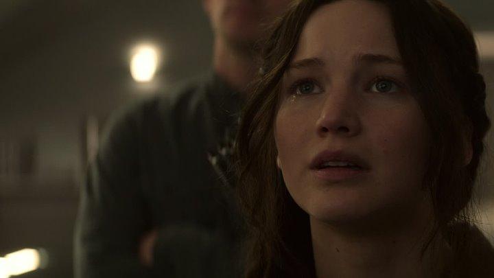 Голодные игры Сойка пересмешница Часть I The Hunger Games Mockingjay Part 1 2014 фантастика триллер драма приключения
