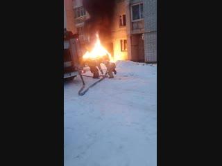 10 января, в Отрожке горел «Range Rover»